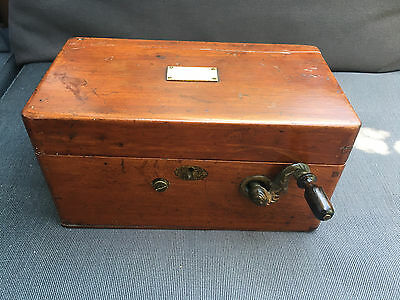 Antique Davis and Kidder's Patent Magneto Electric Machine for Nervous Diseases