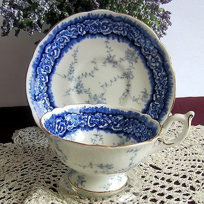 Coalport 8033 Blue and White Wide Mouth Bone China Tea Cup and Saucer