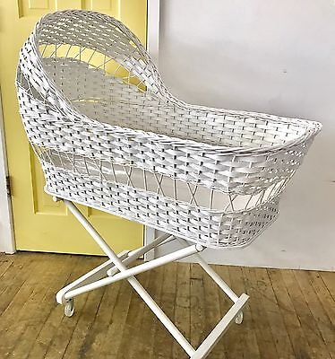 Vintage White Wicker Bassinet Basket w Stand – rare, exquisite design, ex cond