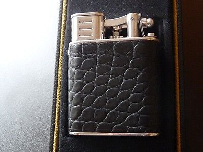 DUNHILL Unique Sports Turbo Lighter in Alligator and Rhodium - Boxed + Booklet