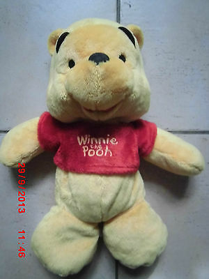 Doudou Peluche Ours Winnie L'ourson The Pooh Pull Rouge Disney 35 Cm Neuf