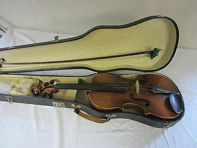 a very old Violin 4/4 with Case Nr 2146