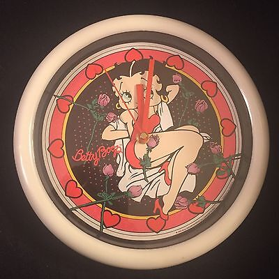 Betty Boop - Wall Clock - 1992 King Features - 10 Inches
