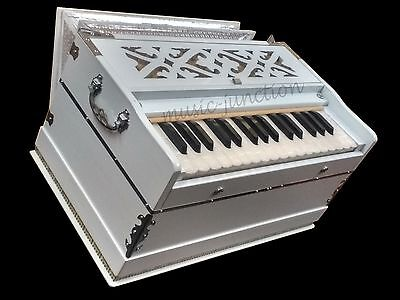 WHITE~HARMONIUM~2¾ OCTAVES~440 Hz~PETI~BAJA~BASS/ MALE~BAJAN~KIRTAN~MANTRA~YOGA