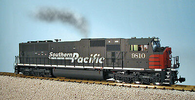 USA Trains G Scale SD70 MAC Diesel Locomotive R22603 Southern Pacific - Gray/Red