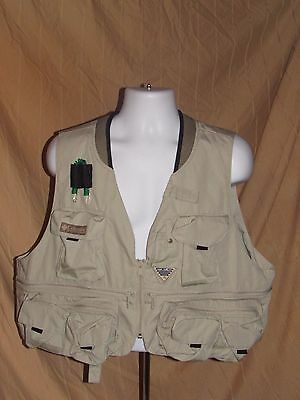 Columbia Henry Fork III Fly Fishing Vest in Fossil XL Extra Large NWOT New