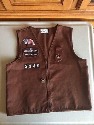 Girl Scouts Brownie Vest Patches Pins Size Medium San Gorgonio
