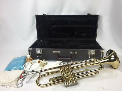YAMAHA YTR-2320 BRASS TRUMPET Good Condition with Hard Case