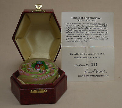 """Perthshire """"Nosegay"""" Boxed PAPERWEIGHT"""