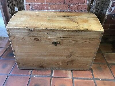 ANTIQUE PINE CHEST BLANKET BOX DOME TOP Toy Box storage
