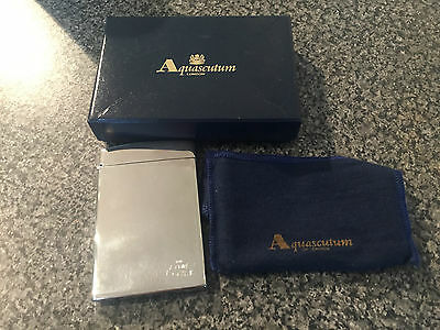 THE AMP OVAL ENGRAVED Aquascutum Flip Top Card Case Silver Plate in Sleeve/Box