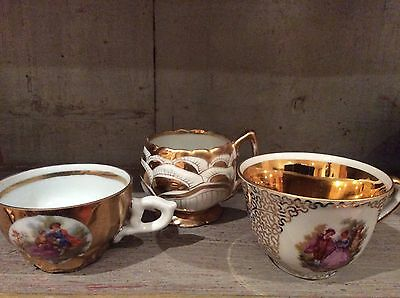 Set Of 3 Antique Ornate Tea Cups With Gold Gilt Detail