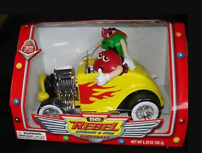 "2003 M&m's Red & Green ""rebel Without A Clue "" Candy Dispenser - Yellow Roadster"