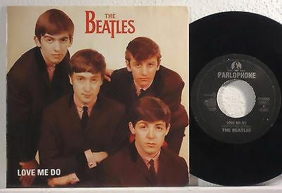 "The Beatles : Love Me Do / P.s. I Love You    -    1992  7""  Italy"