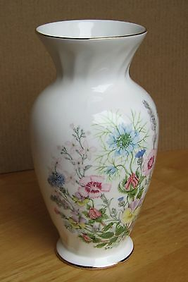 Aynsley Vase Wild Tudor : Lovely condition ; 16 cm tall (6.5 inches)