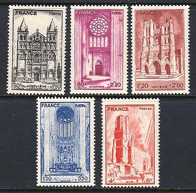 FRANCE 1944 French Cathedrals Charity Issue - Mint hinged set  - (74)