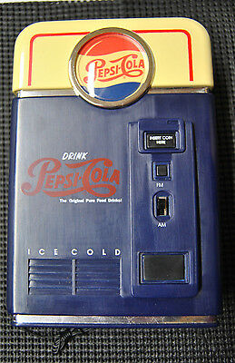Pepsi-Cola Vending Machine AM/FM Portable Radio Uses 3 AA Batteries NEW