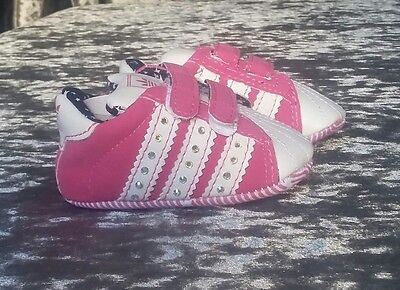 Baby girl soft sole, crib shoes 0-6 months (last pair)