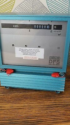 Landis and Gyr 3 phase 4 wire electric meter 40-100 amps