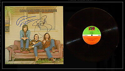 CROSBY STILLS NASH AND YOUNG signed record album