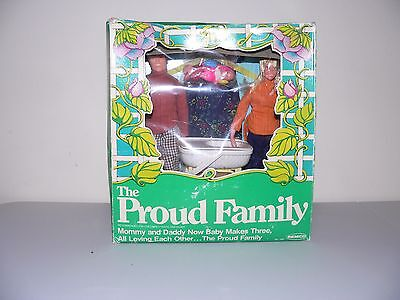 """Remco The Proud Family Vintage 1978 mom dad baby accessories Dolls 9 1/2"""" unused"""