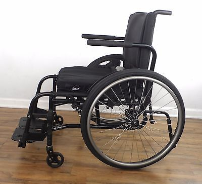 Quickie-2 LITE wheelchair - with ROHO seat cushion, like tilite, 18x19