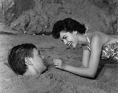 Annette Funicello And Tommy Kirk   8X10 Photo 12