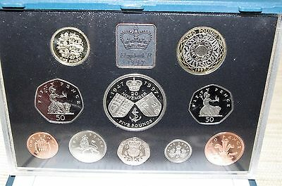 Royal Mint Proof Coin Set 1997 Collectors set - inc £5 coin / £2 coin / £1 coin
