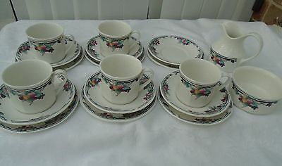 19 pce royal doulton tea set in excellent condition. hardly used if ever