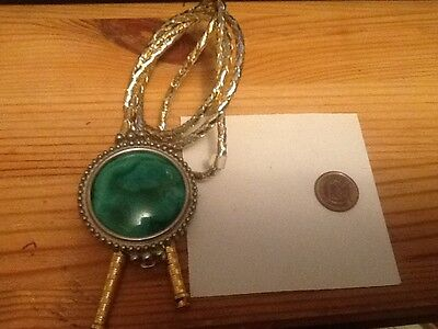 WONDERFULL VINTAGE Bolo Tie with Green Agate Stone Slide lot 7a