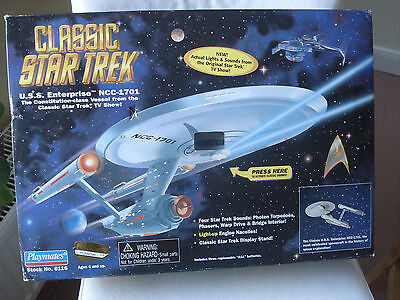 CLASSIC ENTERPRISE NCC-1701 Playmates STAR TREK *** OVP