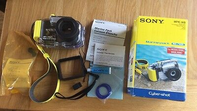 Sony 40m Marine Pack MPK-WB for Cyber Shot Underwater Casing/Soft Case Bundle