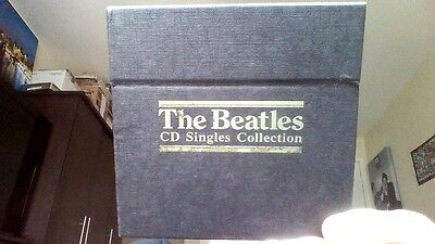 THE BEATLES CD SINGLES COLLECTION.  BOX SET  ( 22 CDs IN EXCELLENT CONDITION )
