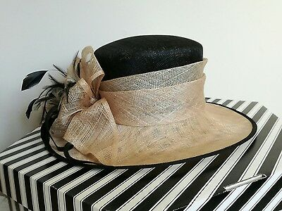 Jacques Vert Stunning Ladies Hat Black/Beige Wedding/Races/Occasion