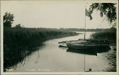 FILBY Filby Broad Postcard nr Great Yarmouth NORFOLK Anon