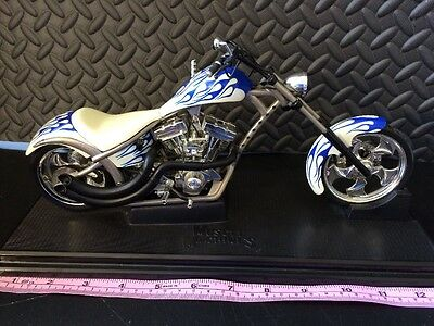 Vintage 2003 Muscle Machines West Coast Choppers by Funline ~ Blue Motorcycle