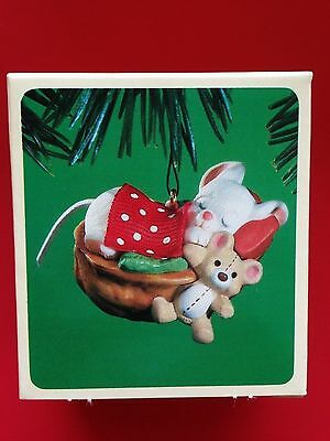 Hallmark 1984 Napping Mouse