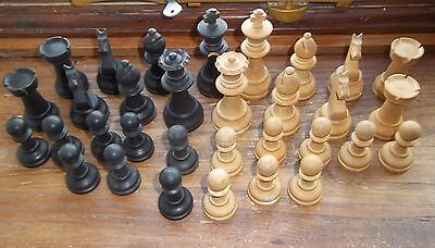 LARGER (3,3/4in) WOODEN CHESS SET in BOX   K & C