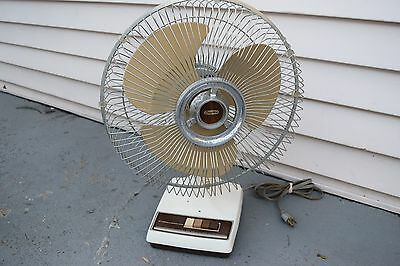 "Vintage Dayton 4c5070 Table Top 3 Speed 12"" Oscillating Electric Fan"