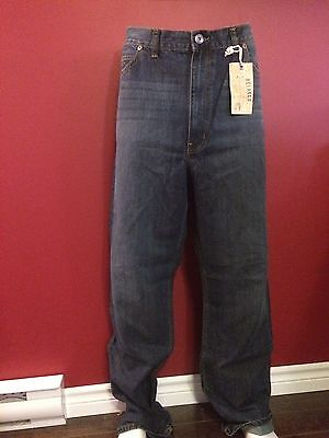 TRUE NATION Men's Relaxed Fit Dark Wash Jeans - Size 42W x 34L - NWT $59.50