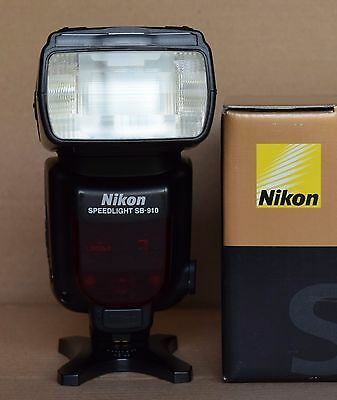Nikon Speedlight SB-910 Shoe Mount Flash