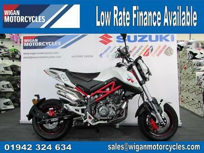 Benelli Naked T 125cc TNT in White