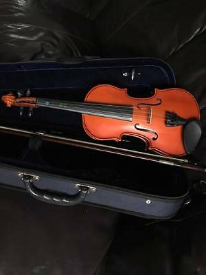 Primavera 100 /2 Size Violin Outfit for the beginners