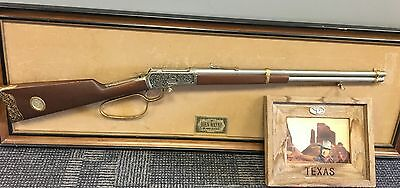 Franklin Mint John Wayne 1892 WINCHESTER 44-40 Replica RIFLE Rare Display Photo