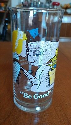 """E.T. Pizza Hut Promotional Collector's Series Glass """"Be Good"""" Gertie and ET"""