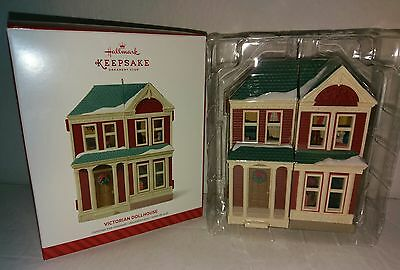 RARE! RETIRED! Hallmark 2014 Victorian Dollhouse Member Exclusive! Ornament NEW!