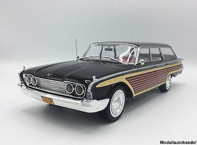 Ford Country Squire 1960 - schwarz/Holzoptik - 1:18 MCG      TOP AUKTION #14