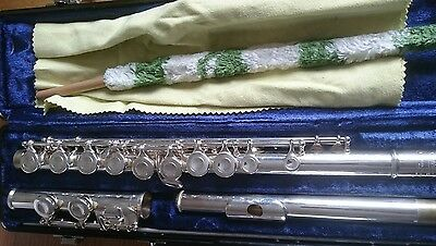 Flute, ideal as first instrument, recently re-padded, cased
