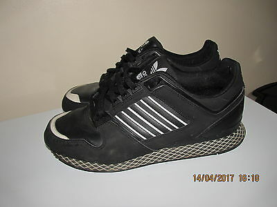 Mens/boys  Adidas  Trainers Size Uk 5  Good Condition   L@@k Black