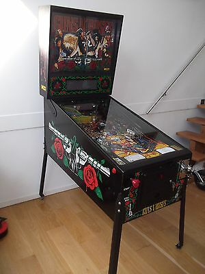Guns N' Roses Pinball Machine in Excellent Refurbished Condition